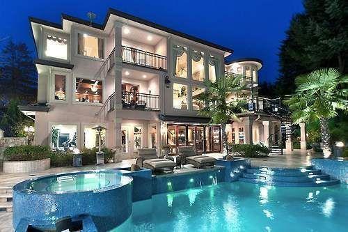 More em casas de luxo em Orlando
